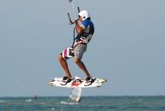 Kitesurf Springen Lizenzfreie Stockfotos