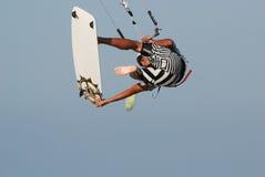 Kitesurf Sprung auf Himmel 3 Stockfoto