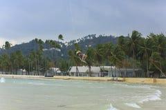 Kitesurf sur l'île de Koh Samui 31 janvier 2015 Image libre de droits