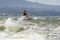 Kitesurfer in actie Royalty-vrije Stock Foto