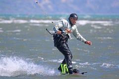 Kitesurfer jazda Obraz Stock