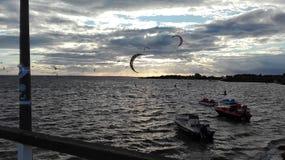 Kitesurfing στοκ εικόνες