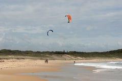 Kitesurfing Fotografering för Bildbyråer