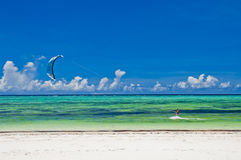 Kitesurfing Immagini Stock