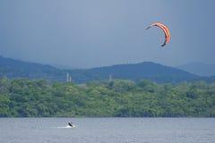 Kitesurfing Στοκ φωτογραφίες με δικαίωμα ελεύθερης χρήσης