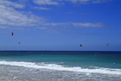Kitesurfing on Fuerteventura Island Royalty Free Stock Photos