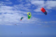 Kitesurfing na Fuerteventura wyspie Zdjęcie Stock