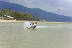 Kitesurfing na Koh Samui wyspie 31 2015 Styczeń Obrazy Royalty Free