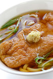 Kitsune udonnudlar, japansk kokkonst Fotografering för Bildbyråer