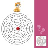 Kitten And Wool Ball - Maze Game com solução Imagem de Stock Royalty Free