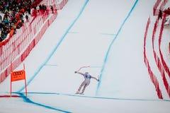 Kitzbà ¼恶劣环境测井Hahnenkamm下坡滑雪竞赛 库存图片