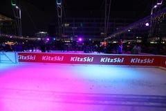 Kitzski Lodowy lodowisko, boże narodzenia Wprowadzać na rynek w Monachium lotnisku, Niemcy obrazy royalty free