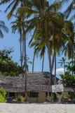 2018 02 21, Kiwengwa, Tansania Reise um Tansania Weinlesegebäude auf dem Strand stockfotos