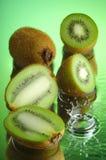 Kiwi bagnato #2 Fotografia Stock Libera da Diritti