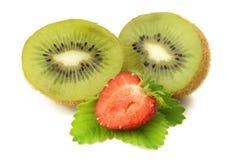 Kiwi con la fragola Immagini Stock Libere da Diritti