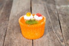 Kiwi cupcake Stock Photos