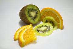 Kiwi ed arancia fotografia stock libera da diritti