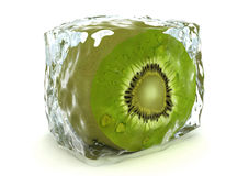 Kiwi en el cubo de hielo aislado en blanco Foto de archivo
