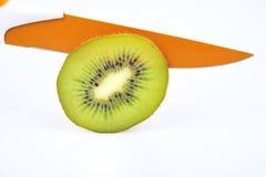 Kiwi en kniffe Stock Afbeelding