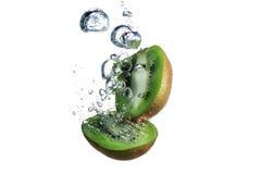 Kiwi en water Royalty-vrije Stock Afbeelding