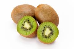 Kiwi-Frucht (Actinidia deliciosa) Stockfotos