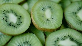 Kiwi Fruit Slices Rotating banque de vidéos