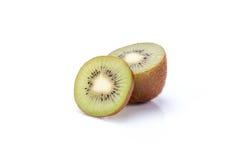 Kiwi geschnittene Segmente lokalisiert auf weißem Hintergrundausschnitt lizenzfreie stockfotografie