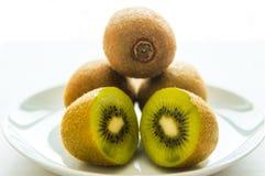 Kiwi klippt kiwi, frukt fotografering för bildbyråer