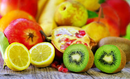 Kiwi and lemon fruits Royalty Free Stock Images