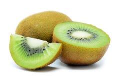 Kiwi, metà del kiwi isolata Immagine Stock