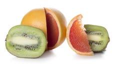 Kiwi och grapefrukt Arkivbild