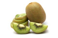 Kiwi owoc i kiwi pokrajać segmenty na białym tle Obrazy Royalty Free