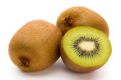 Kiwi owoc i pokrajać odosobniony na białym tle Obraz Stock
