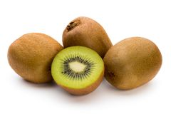 Kiwi owoc i pokrajać odosobniony na białym tle Fotografia Stock