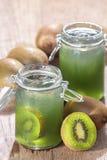 Kiwi sok Zdjęcie Stock