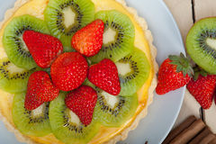 Kiwi and strawberry pie tart Royalty Free Stock Images