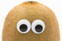 Kiwi twarz z googly oczami na białym tle Obraz Royalty Free