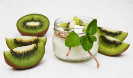 Kiwi yogurt Royalty Free Stock Images