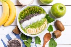 Kiwibananenspinat Smoothieschüssel Lizenzfreies Stockbild