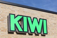Kiwiembleem op een muur Stock Foto's