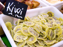 kiwiförsäljningsskivor Royaltyfria Bilder