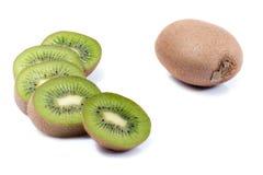 Kiwifrucht auf weißem Hintergrund Stockfoto