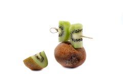 Kiwifrucht auf weißem Hintergrund Lizenzfreies Stockbild