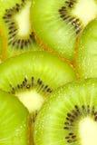 Kiwifrucht schneidet Makro Lizenzfreies Stockfoto