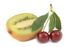kiwifruit вишен Стоковое Изображение