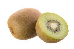kiwifruit en gesneden die kiwifruit op witte achtergrond wordt geïsoleerd Royalty-vrije Stock Fotografie