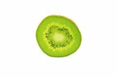 Kiwifruitscheibe lokalisiert auf einem weißen Hintergrund stockfotos