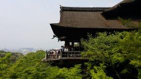 从Kiyomizu寺庙的一张顶视图 免版税库存图片