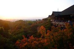 Kiyomizu-dera en la puesta del sol Imágenes de archivo libres de regalías