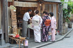 Kiyomizu-dera shops Royalty Free Stock Images